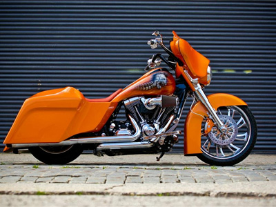 Custom Harley Bagger Body and Paint by Kustom Kreations